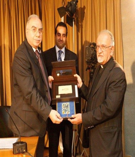 <p>Seminar on Islamic Banking and Signing of Protocol between the Faculty and Al-Baraka Group</p>